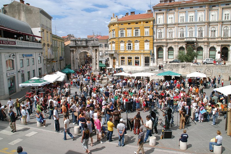 LokalnaHrvatska.hr Pula Grad Pula objavio poziv za strucno osposobljavanje bez zasnivanja radnog odnosa